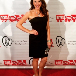 https://www.sherifink.com/wp-content/gallery/photos/3_Toys_For_Tots_Red_Carpet_2015.jpg
